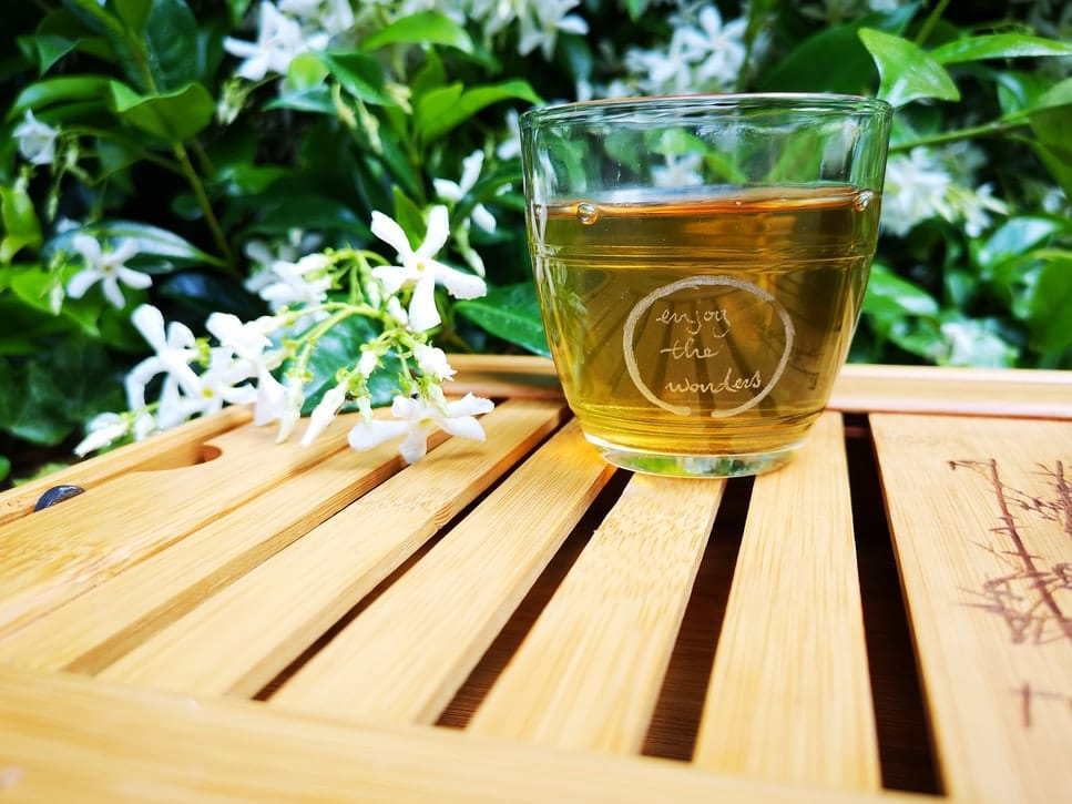 apple cider vinegar and green tea face mask